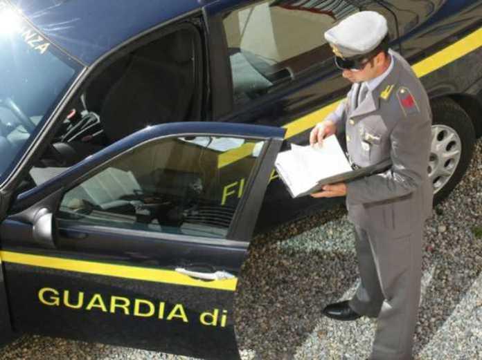 Trani, frode e contrabbando di gasolio. 27 misure cautelari