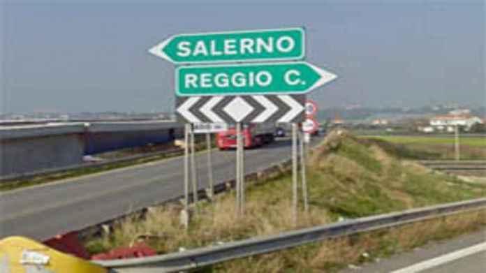 """Renzi: """"La Salerno Reggio Calabria sarà pronta il 22 dicembre"""""""