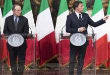 Piercarlo Padoan e Matteo Renzi illustrano la Manovra