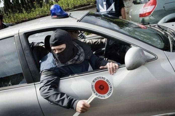 blitz della polizia