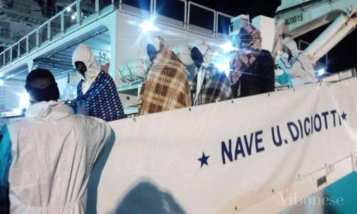 Sbarco dei migranti nave Diciotti