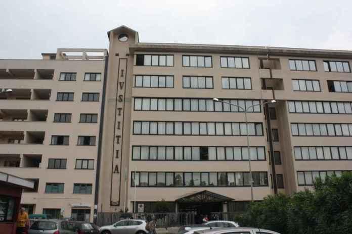Piazzo' una finta bomba al tribunale di Velletri, arrestato autore