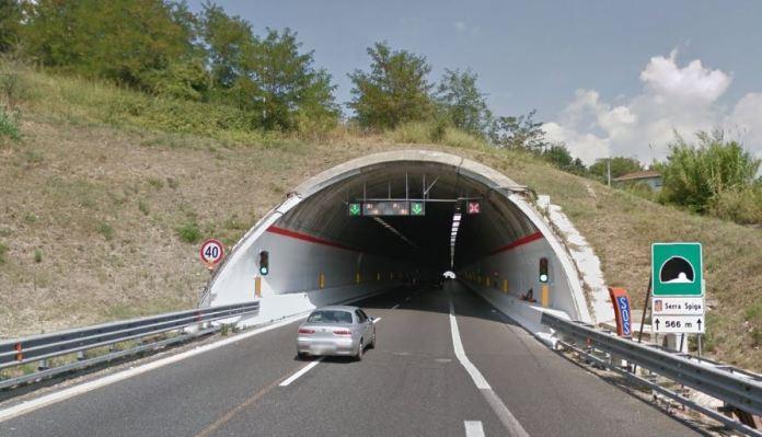 galleria Serra Spiga incidente Cosenza