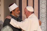 Papa Francesco con il Grande Imam in Egitto