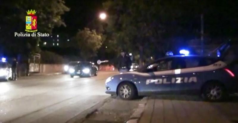 Diciottenne ucciso a colpi arma da fuoco nel centro storico di Crotone