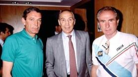 Da sinistra il dg della nazionale Gigi Riva, l'ex ct Enzo Bearzot con Azeglio Vicini