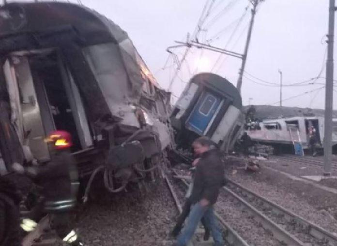 treno deragliano segrate