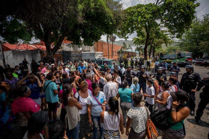 Detenuti danno fuoco ai materassi in carcere. 68 morti in Venezuela