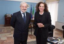 Il prefetto di Vibo Guido Longo con Wanda Ferro