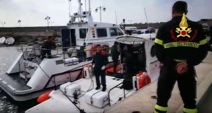recupero corpi gambiani guardia costiera