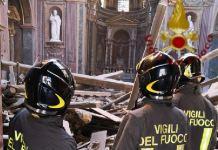 crollo tetto chiesa roma