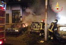 Quattro auto distrutte da un incendio nel Catanzarese