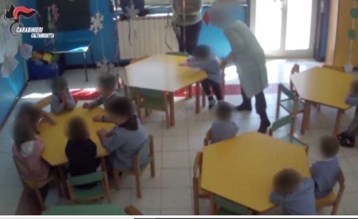 maltrattamenti asilo scuola infanzia