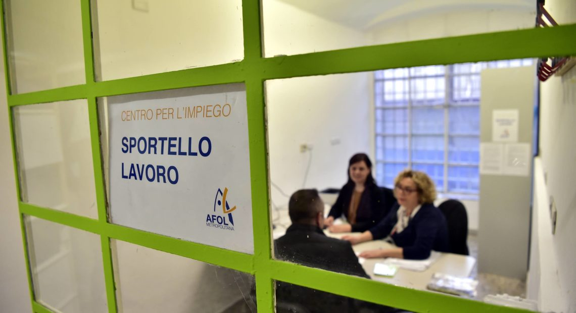 Reddito di cittadinanza: bando per i navigator, attesi 60.000 candidati