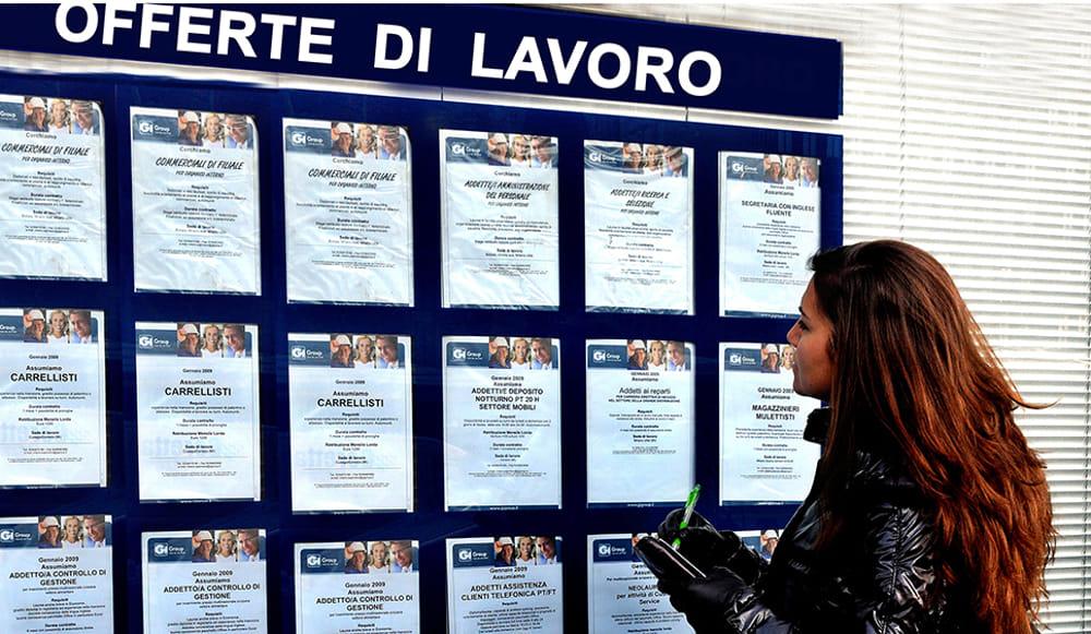 Istat: A luglio occupazione in lieve calo