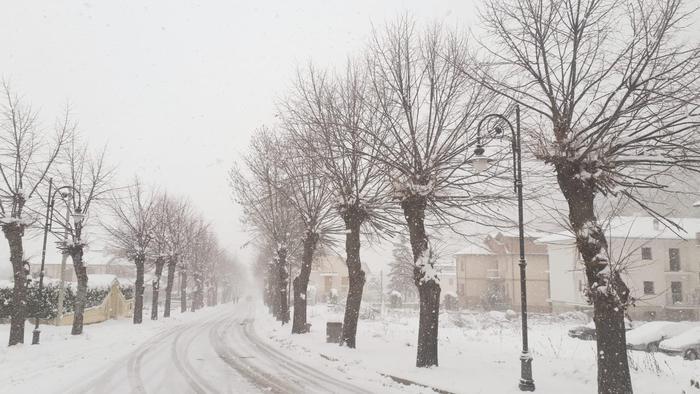 Maltempo, neve, freddo e gelo in tutta Italia