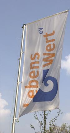 lebensWert-fahne