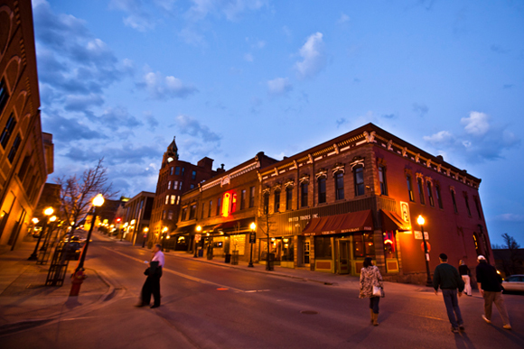 10 reasons to visit Marquette this fall