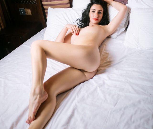 Anita Hot Sensual Latvian Escort Striptease Tantric Massage Dubai