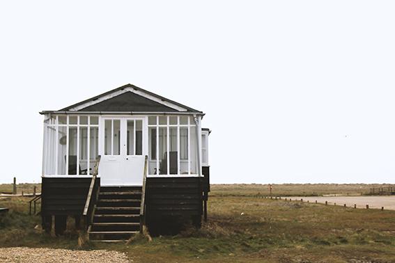 wooden chalet walbers wick beach