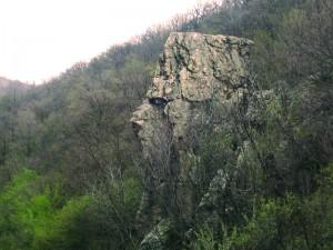 Sfinxul-de-la-Toplet-Valea-Cernei