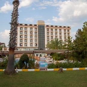 Территория отеля Сидекум