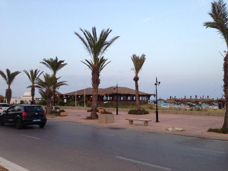 Променад вдоль моря в Ясмин Хаммамет