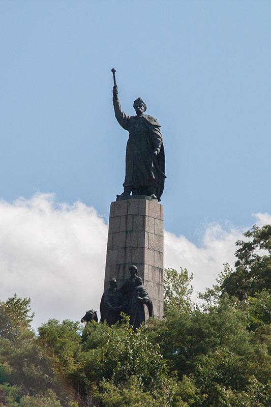 Памятник Богдану Хмельницкому в Чигирине