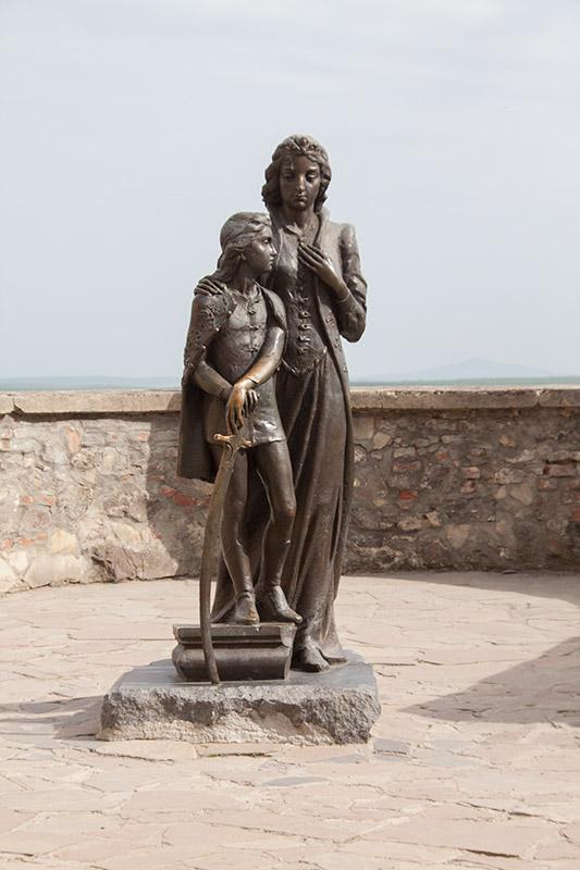 Памятник Илоне Зрини в Мукачево