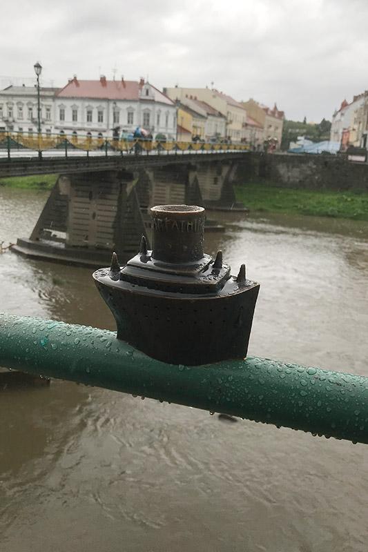 Пароход Карпатия в Ужгороде