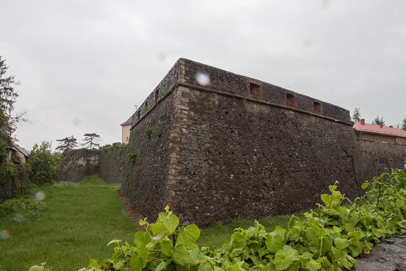 Бастионы замка