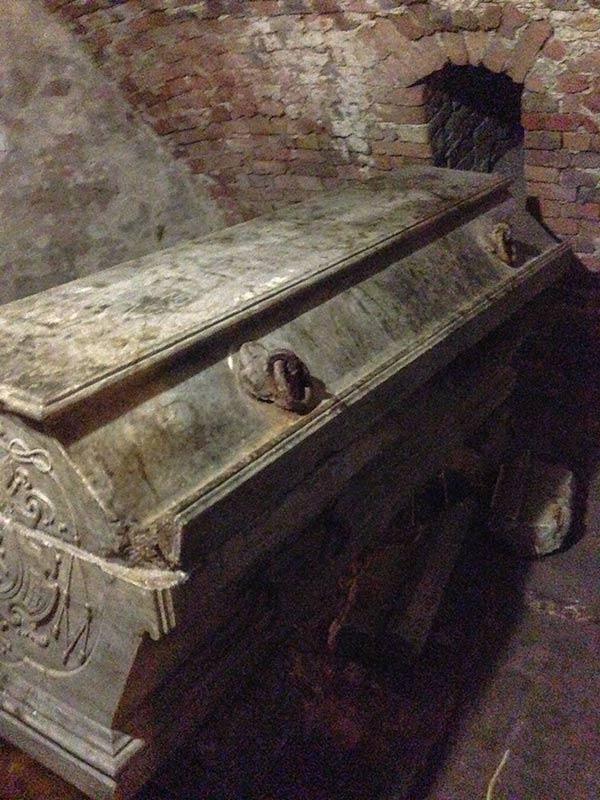 Саркофаг архиепископа Вижицкого