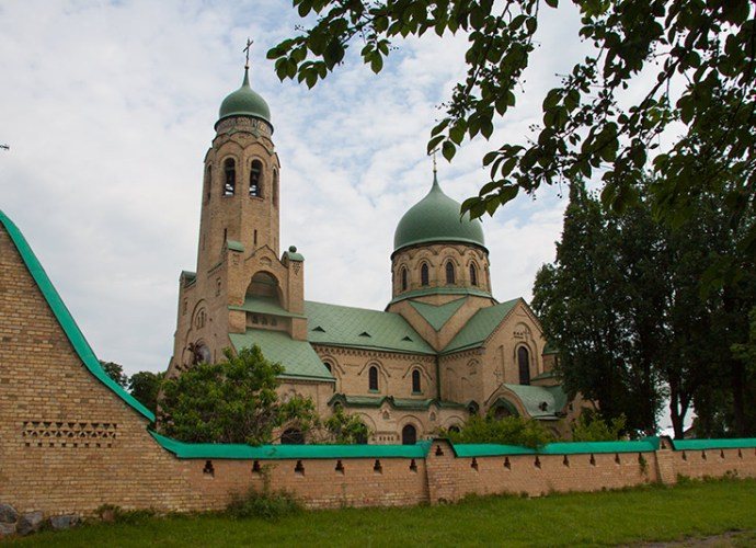 Церковь Покрова Пресвятой Богородицы в селе Пархомовка