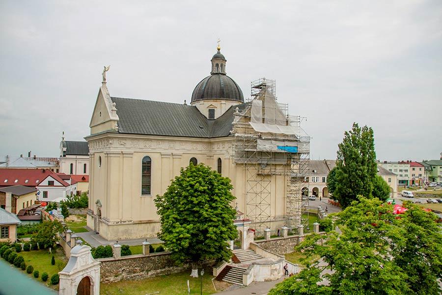 Костел Святого Лаврентия в Жолкве