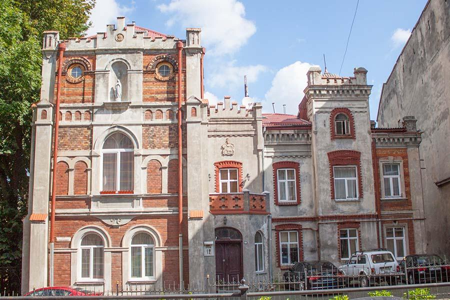 Здание по улице Калича Гора
