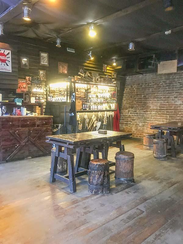 Ресторан мяса и справедливости во Львове