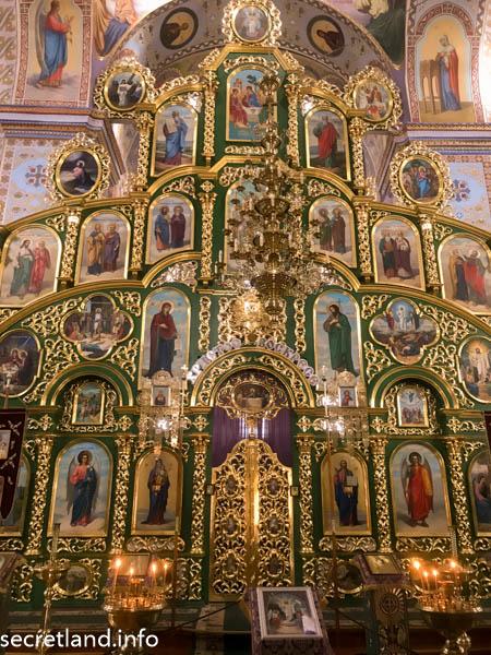 Троицкий собор в Густыне Иконостас