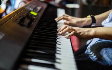 Keyboardist songwriter
