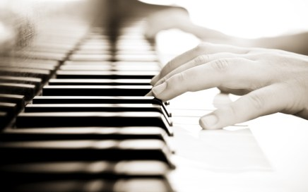 Piano - songwriter - theory