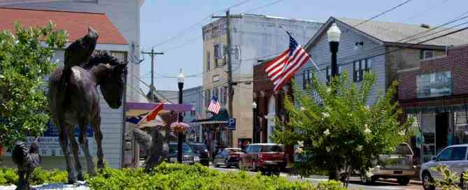 Downtown Chincoteague on the Eastern Shore of Virginia