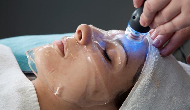 Book yourself in for a Skinbreeze Facial ♥