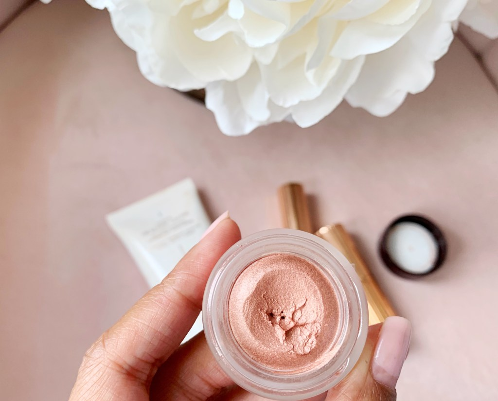 Glam in seconds with Charlotte Tilbury Eyes to Mesmerise ♥