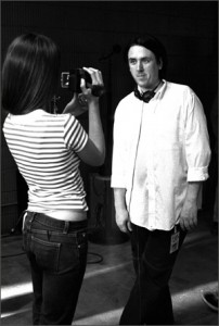 ON THE SET OF VANILLA SKY Penelope Cruz turns the tables on Scott.