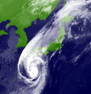 【TIPS】台風一過で暑くなるか涼しくなるか – 台風17号なので