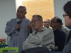 A Buddhist monk speaks out about the financial and political issues that abound in the Buddhist temples of Korea.