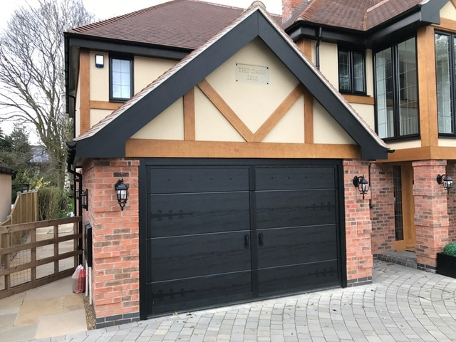 An example of Ryterna's stunning bespoke garage doors