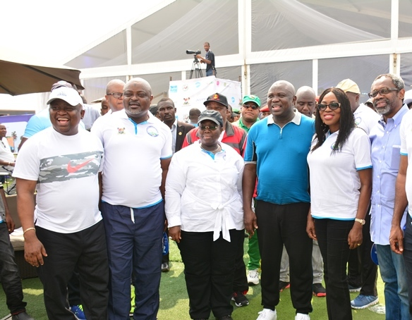 Lagos State Governor, Mr. Akinwunmi Ambode (3rd right), his wife, Bolanle (2nd right); Majority Leader, House of Representatives, Hon. Femi Gbajabiamila (right); Deputy Governor, Dr. (Mrs) Oluranti Adebule (3rd left); Speaker, Lagos State House of Assembly, Rt. Hon. Mudashiru Obasa (2nd left) and Senator Adeola Olamilekan Solomon (left) during the 2017 Lagos City Marathon at the Eko Atlantic City, on Saturday, February 11, 2017.
