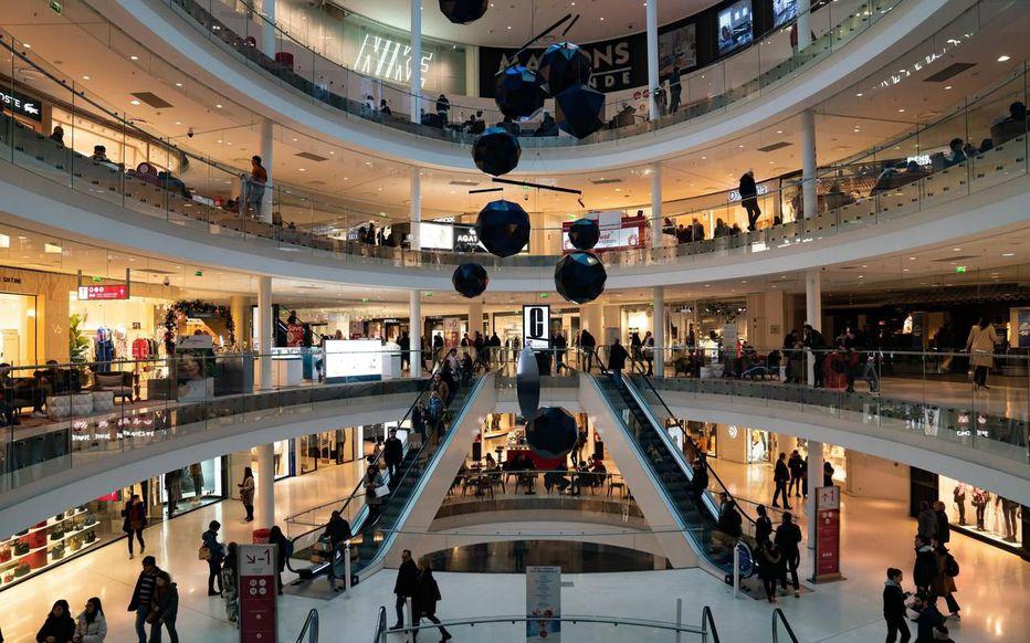 Comment mieux sécuriser son centre commercial pendant les fêtes de fin d'année?