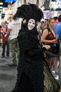 cosplaying-lady-1