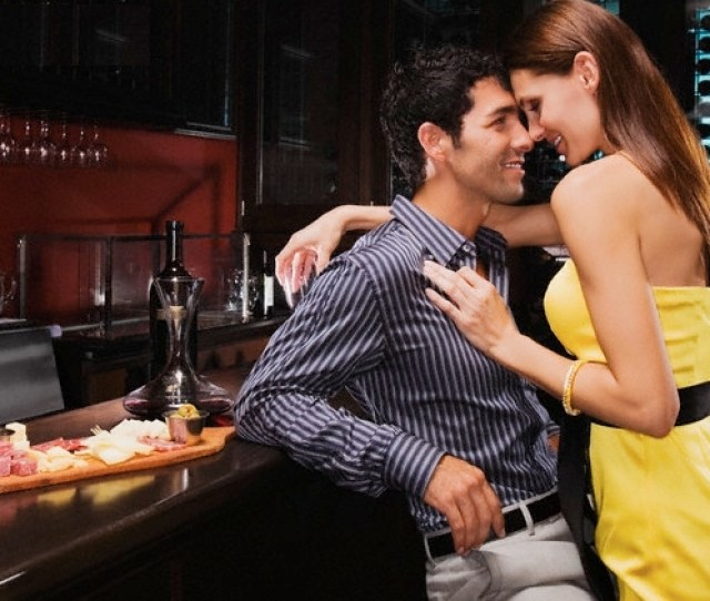 How To Seduce A Man 3 Basic Things Every Women Should Do To Attract A Man